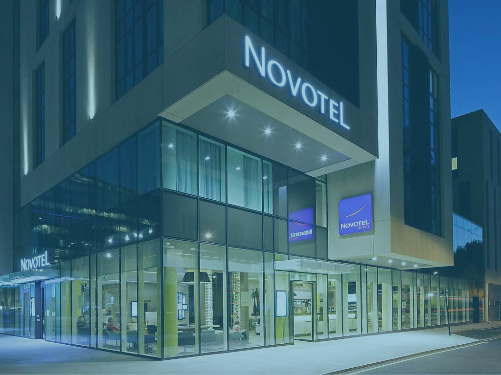 novotel-coloured